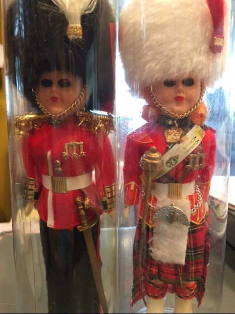 Vintage Queen S Guard Doll Buckingham Palace Souvenir Doll