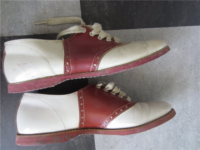 a4a58074b0058 Vintage 50s 60s Goodyear Saddle Shoes bobby-sox rockabilly shoes ...