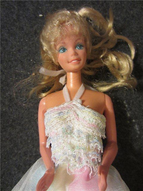 vintage 1966 twist amp turn barbie long blonde haircurly